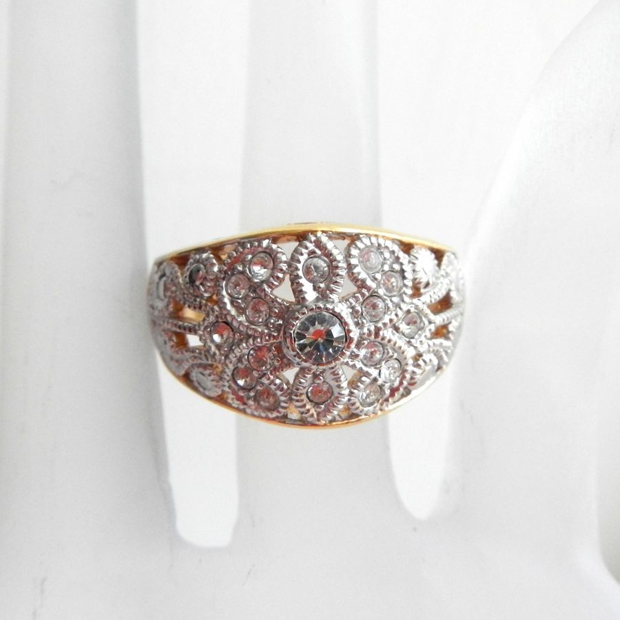 Sparkly Wide Avon Filigree Ring