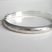 SALE Etched Sterling Silver Hinged Bangle