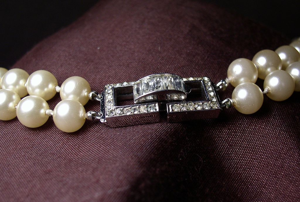 1940 Trifari Glass Pearl Necklace Choker Rhinestone Sterling Clasp