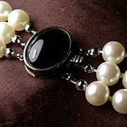 "Fab 50's 20"" Triple Strand 8mm Faux Pearls Sterling Onyx Cab Clasp"