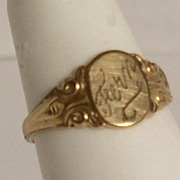 Fern hand engraved Victorian Child�s Signet Ring 14K Gold plated