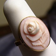 Pink Queen's Conch Carved Rose Cameo Ring 14K Gold
