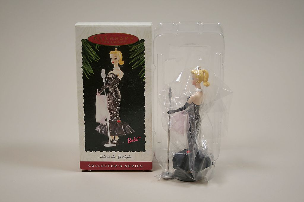 Hallmark Keepsake Ornament Solo In The Spotlight Barbie