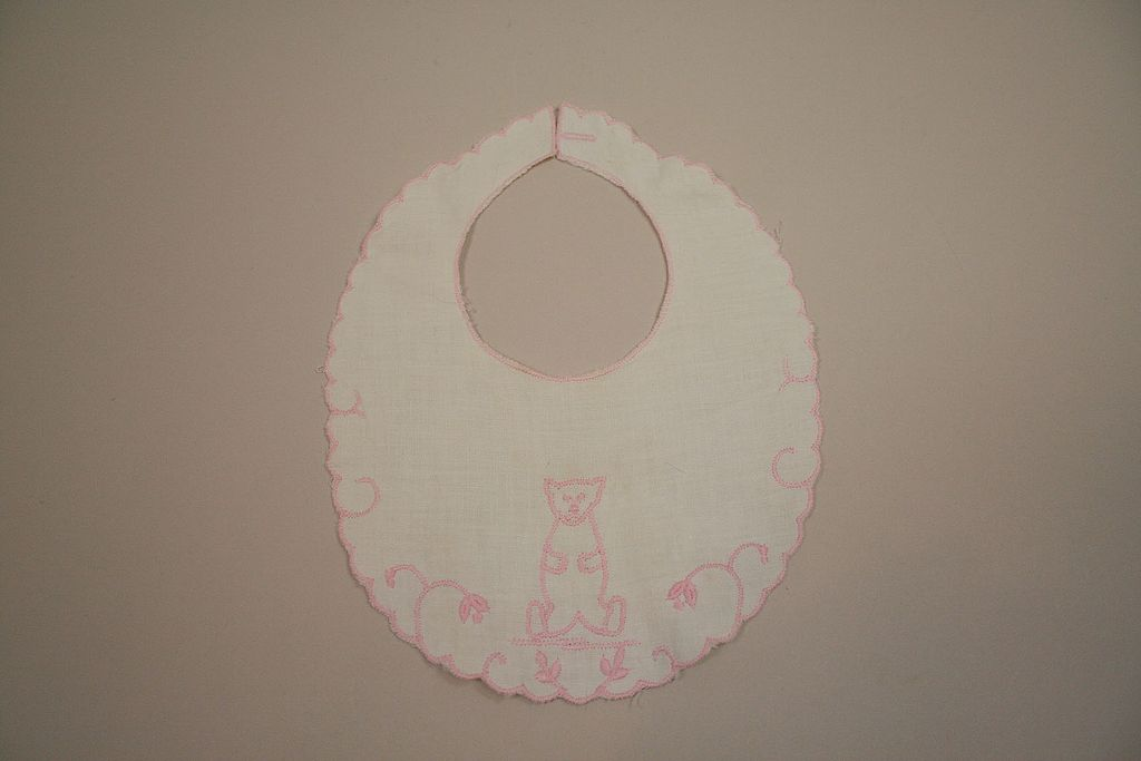Vintage Hand Embroidered Bear On Baby Bib Circa 1950