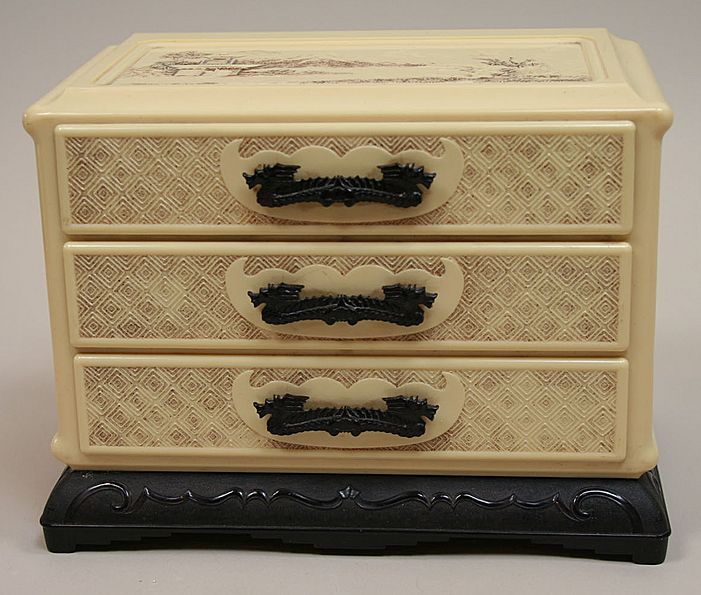 Vintage Cream Oriental 3 Drawer Jewelry Box Circa 1950