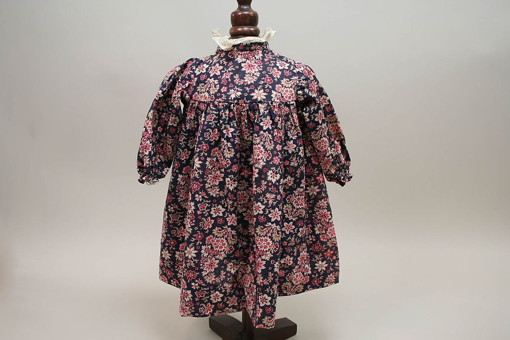 Very Early Cotton Print Flower Navy Doll Dress