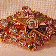 Vintage Eastern Star Masonic Pin Rhinestones Goldtone