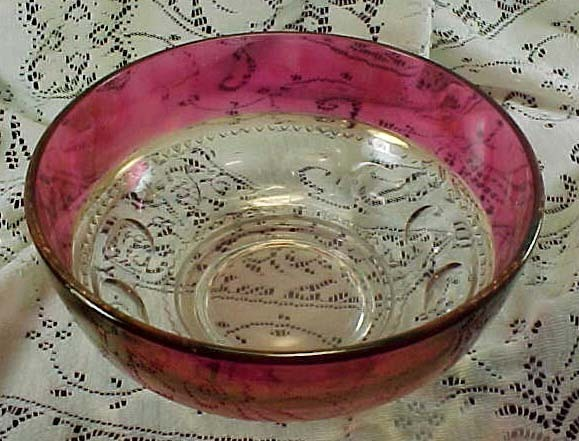 "King's Crown Ruby 91/2"" Salad or Berry Bowl"
