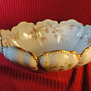 Haviland-Limoges Scalloped Serving/Berry Bowl