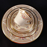 "Lenox China ""Versailles"" 5-piece Place Setting"