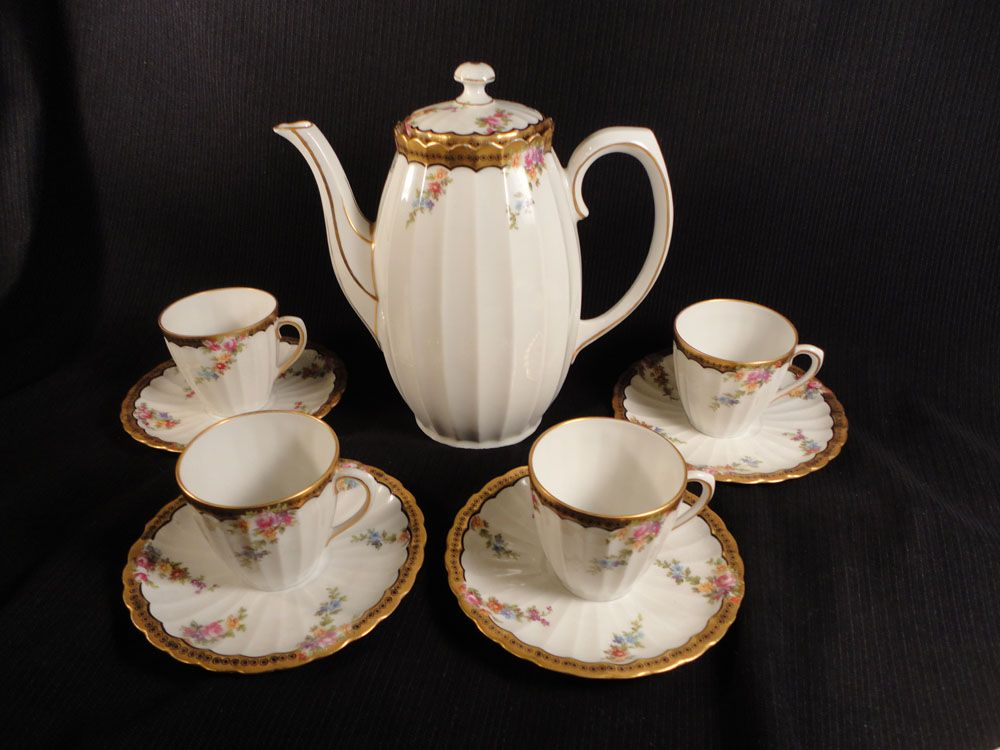 Bauer-Peisch Wurttemberg (Germany) Coffee/Chocolate Pot, 4 Cups/Saucer Sets