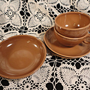 Russel Wright Iroquois Casual China, Nutmeg Brown Grouping of 5