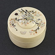 Exquisite Japanese Shibayama Inlay Ivory Box Superb Crosshatching