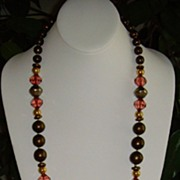 Tunhwa Lucite and Gold-Tone Necklace