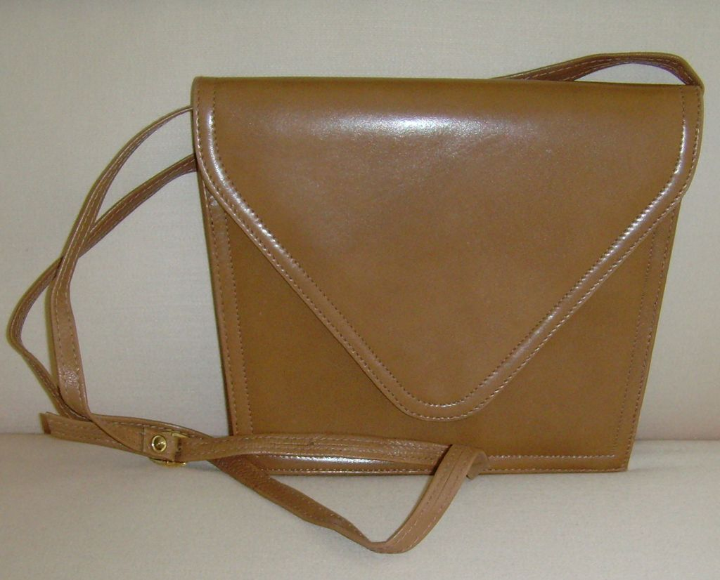 Vintage Leather Clutch/Shoulder Bag