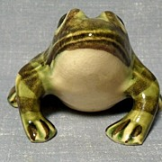 Brush McCoy/ J. W. McCoy Frog Figurine