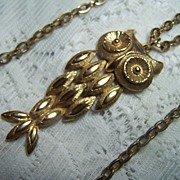 Vintage Goldtone Owl Pendant on Chain Necklace