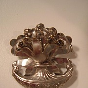 Vintage Brooch with Clear Rhinestones.