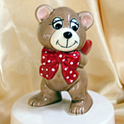 Music box figurine bear with red heart and bow great Valentine!