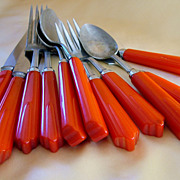 Filler lot of 11 pc red bakelite handle flatware