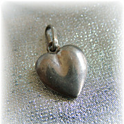 Plain puffy sterling silver heart charm vintage