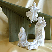 Nativity set holy family, barn and angel, white porcelain mint condition with boxes