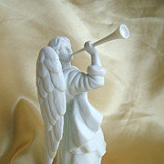 Nativity piece figure the angel Gabriel with trumpet white porcelain mint