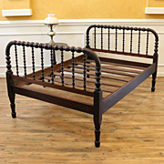 Antique Full Size Jenny Lind Style Spool Bed.
