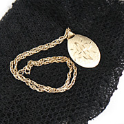 1960s Goldtone Double Link Necklace with Etched Goldtone Pendant
