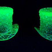 Vaseline Glass Daisy and Button Top Hat Toothpick Holder