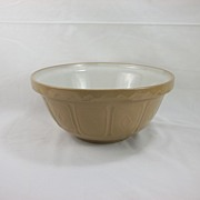 "12"" Classic Yellow English Mixing Bowl"