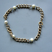Vintage Cultured pearl w. gold-fill chain Bracelet