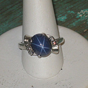 REDUCED Vintage 10K Lindy Star Sapphire Ring w 4 Genuine diamonds