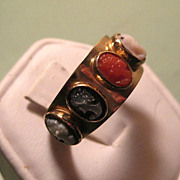 SALE Vintage 14k Yellow Gold Multi Stone & Shell, Coral 5 Cameo Band Ring