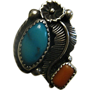 SALE Beautiful Vintage Turquoise & Coral Sterling Silver Squash Blossom Ring