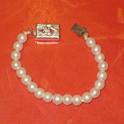 SALE PENDING Vintage 1960's  Doll Pearl Necklace Fashion Accessory