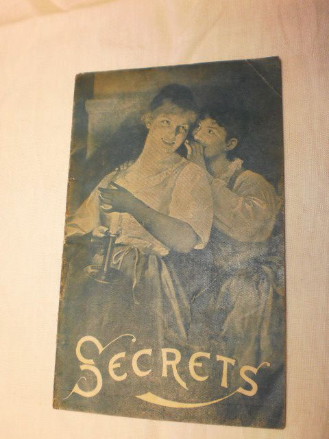 "Pabst Brewing Co. Advertising Booklet - ""Secrets"""