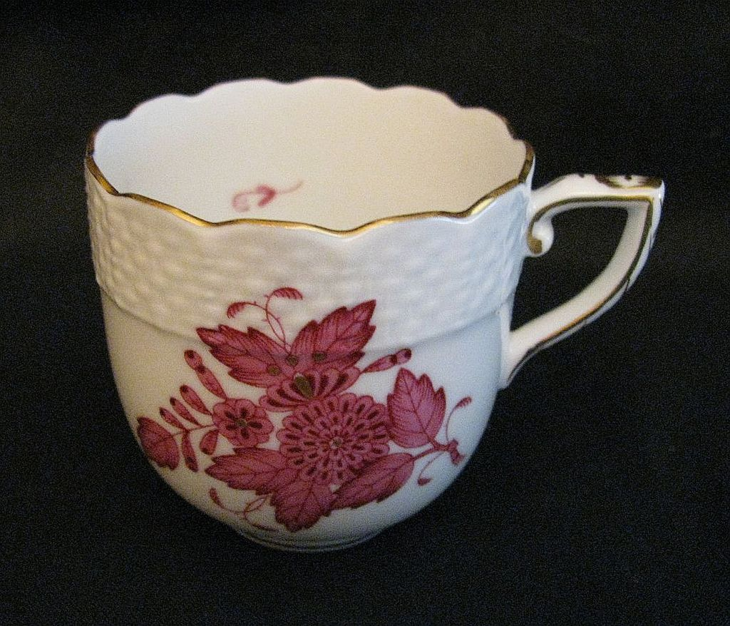 Herend Chinese Bouquet After Dinner Cup in Raspberry