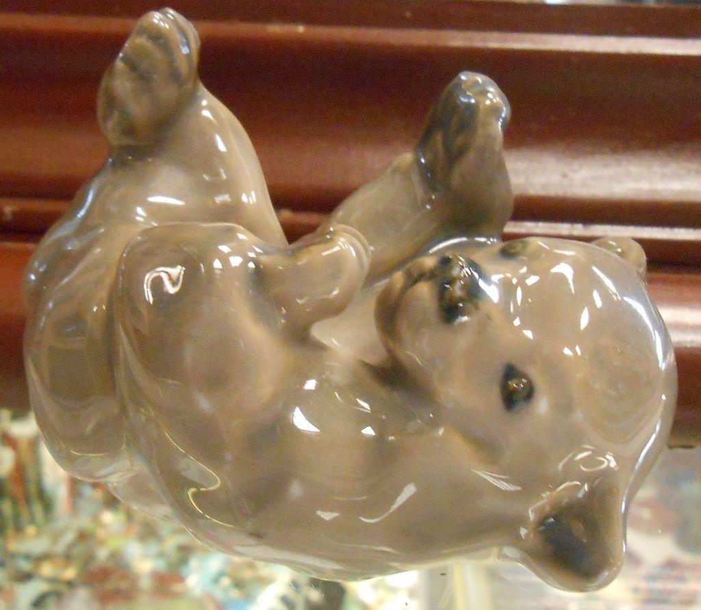 Vintage Royal Copenhagen Denmark Figurine Playing Baby Bear 101 RL1275 Removed
