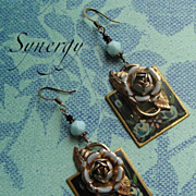 Rosa Bleu Vintage Hand-Painted Earrings With Roses