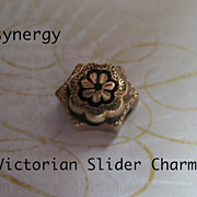 Victorian Taille D'Epargne Enameled Slider Charm With Flower