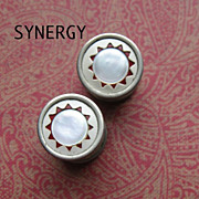 PRES-TO Snapping Cufflinks With Mother of Pearl and Celluloid