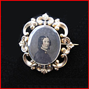 Antique 10K Gold Double Sided Hair Photo Mourning Brooch