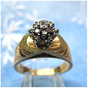 14K Yellow & White Gold Diamond Cluster Estate Ring - Size 7