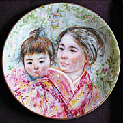 SALE Edna Hibel �Sayuri & Child� Signed, Royal Doulton, 1974 - Collector�s Art Plate, Limited