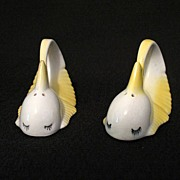 SALE 20% OFF Vintage Collectible Whimsical Whale S & P Shakers Early 1950s Vintage Condition