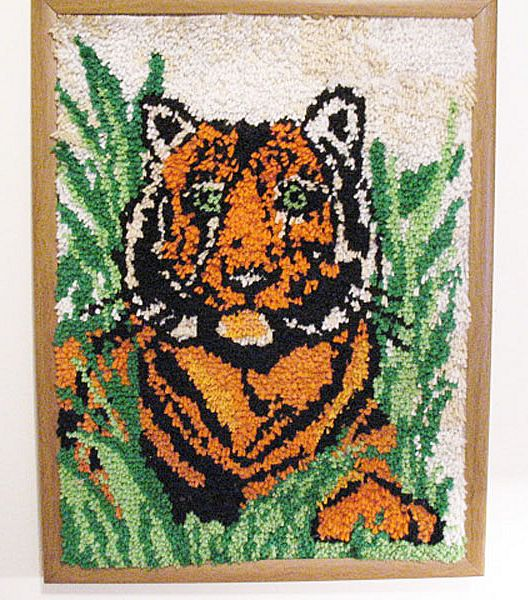 Vintage Tiger Latch Hook Rug/Wall Display Folk Art 1960-70s Very Good Condition