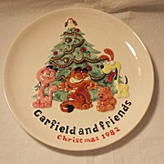 SALE 20% OFF Vintage Collectible Ceramic Garfield & Friends Christmas 1982 Plate Enesco 1981 .