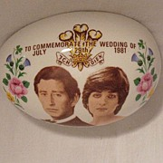 SALE 20% OFF Vintage Collectible Commemorative Egg Shaped Trinket Box Prince Charles & Lady Di
