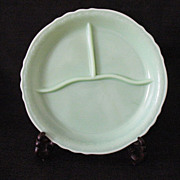Vintage Mckee Jadeite/Jadite 3-Section Grill Plate 1940-50s Looks Unused